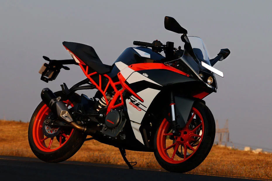 KTM RC 390 Launched In Metallic Silver: केटीएम आरसी 390